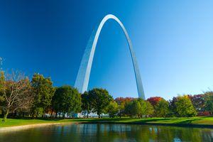 St. Louis Gateway Arch and Lake