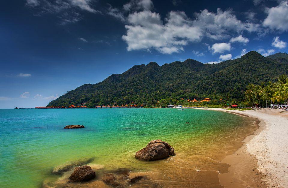 Una playa aislada en Langkawi en Malasia