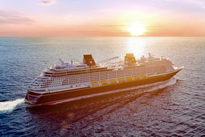 Disney Wish cruise ship exterior