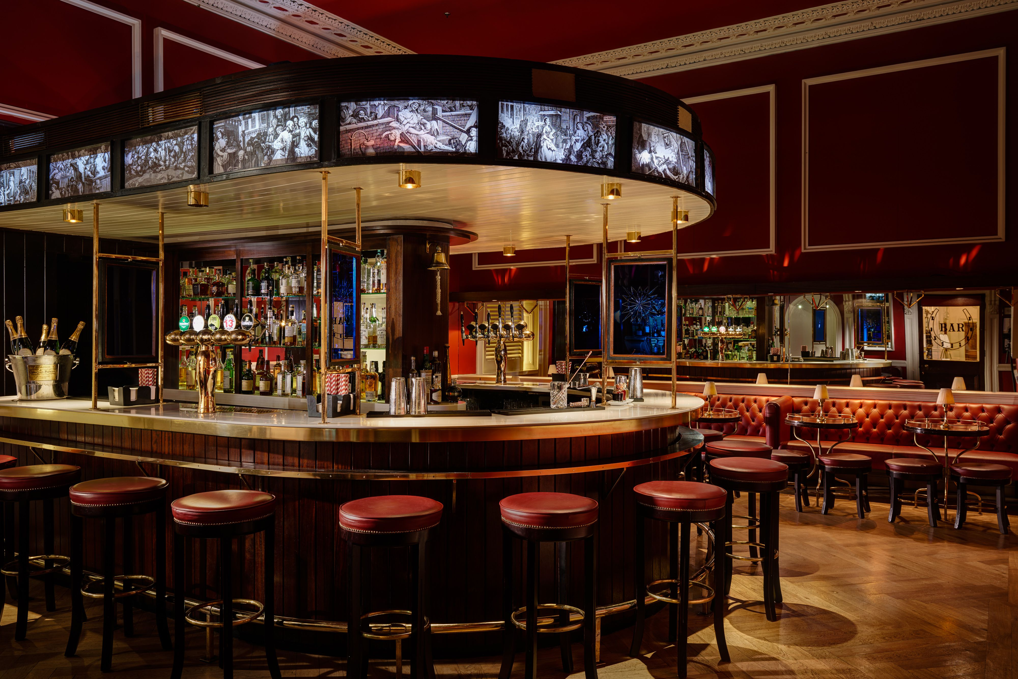 The Horseshoe Bar at the Shelboure