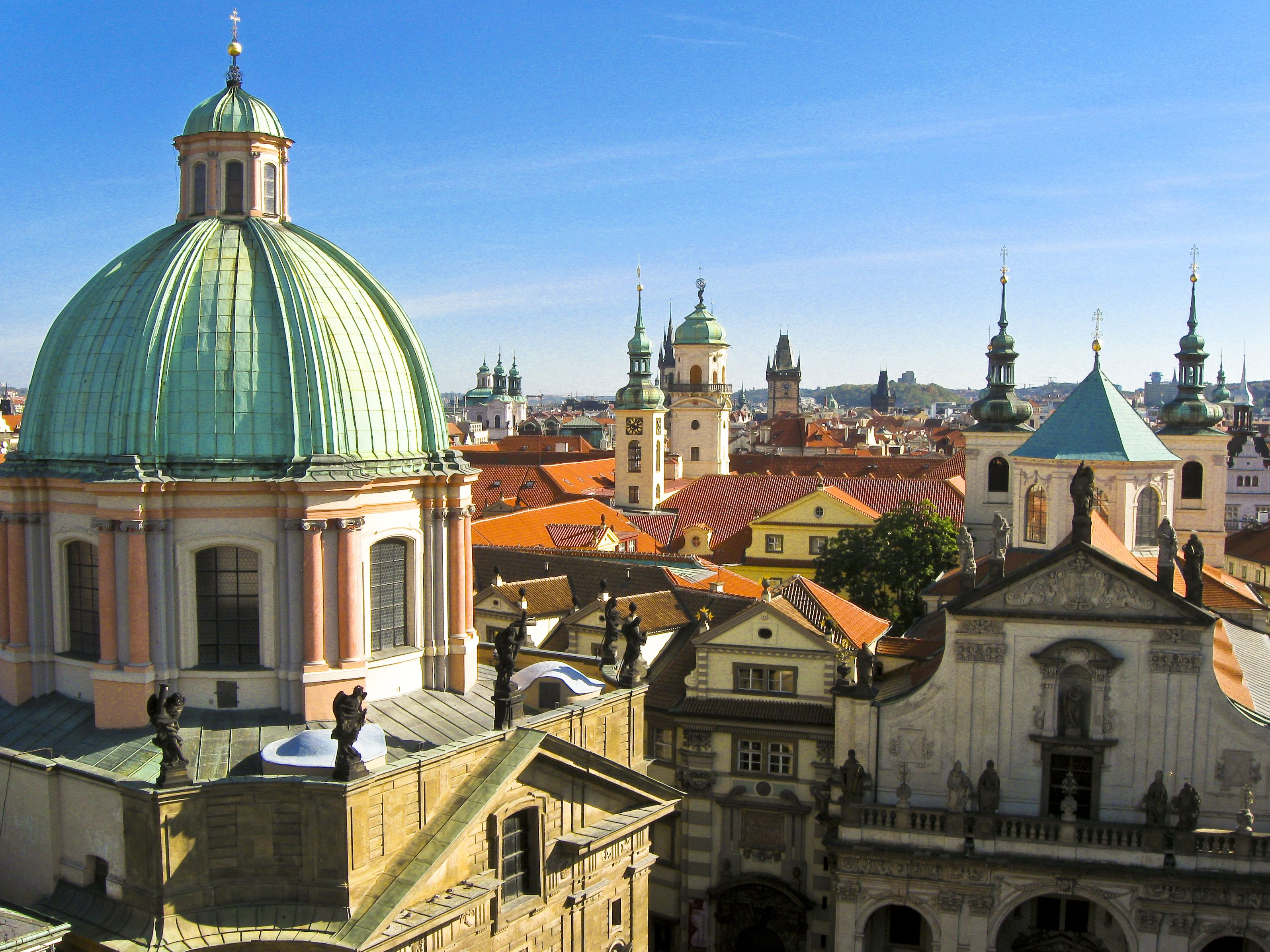 A Guide to Visiting Prague in April