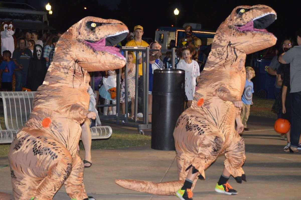 Dinosaurs dancing at Spooktacular 2016