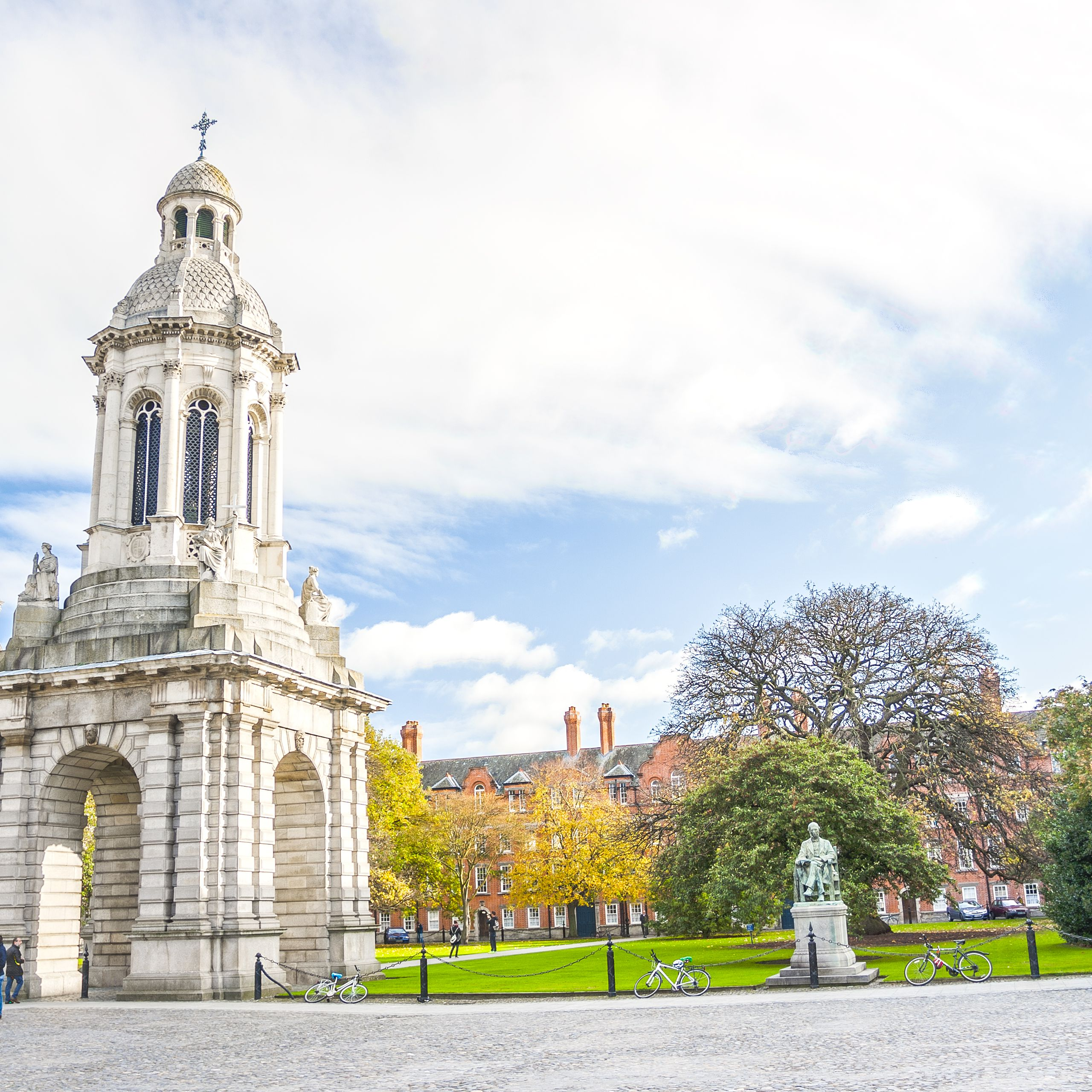 Everything You Need to Know About Trinity College in Dublin