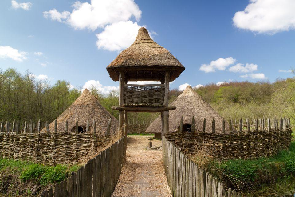 Craggaunowen settlement