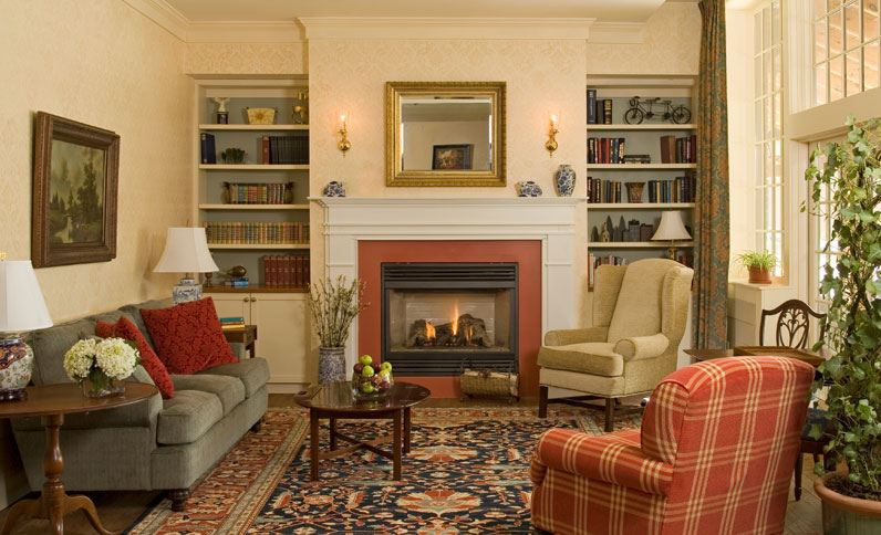 Living room of the Lake Opechee Inn and Spa