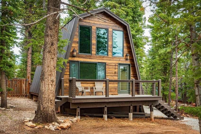 Buck Shadow Cabin