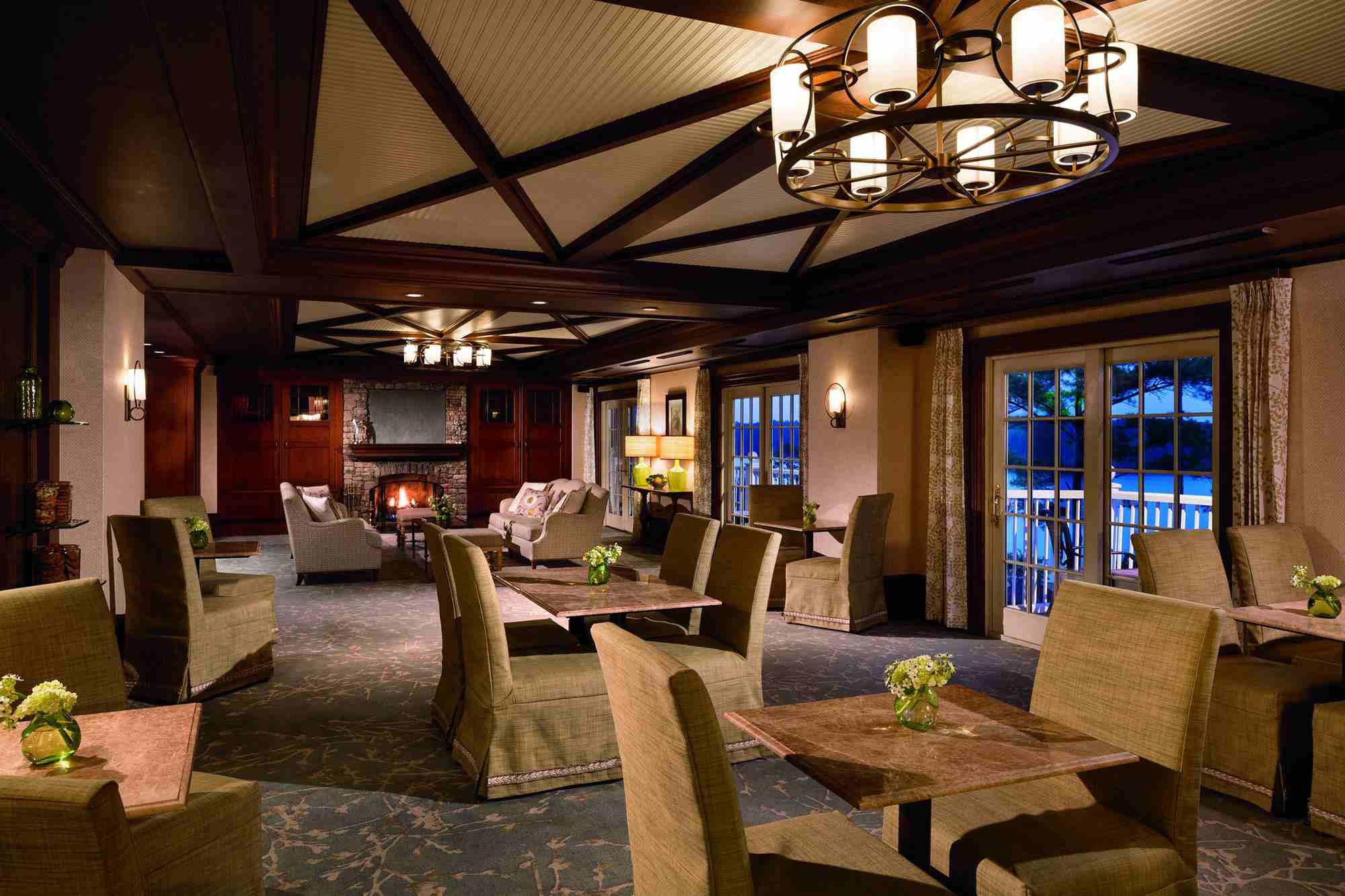 El vestíbulo del Ritz-Carlton, Reynolds Plantation