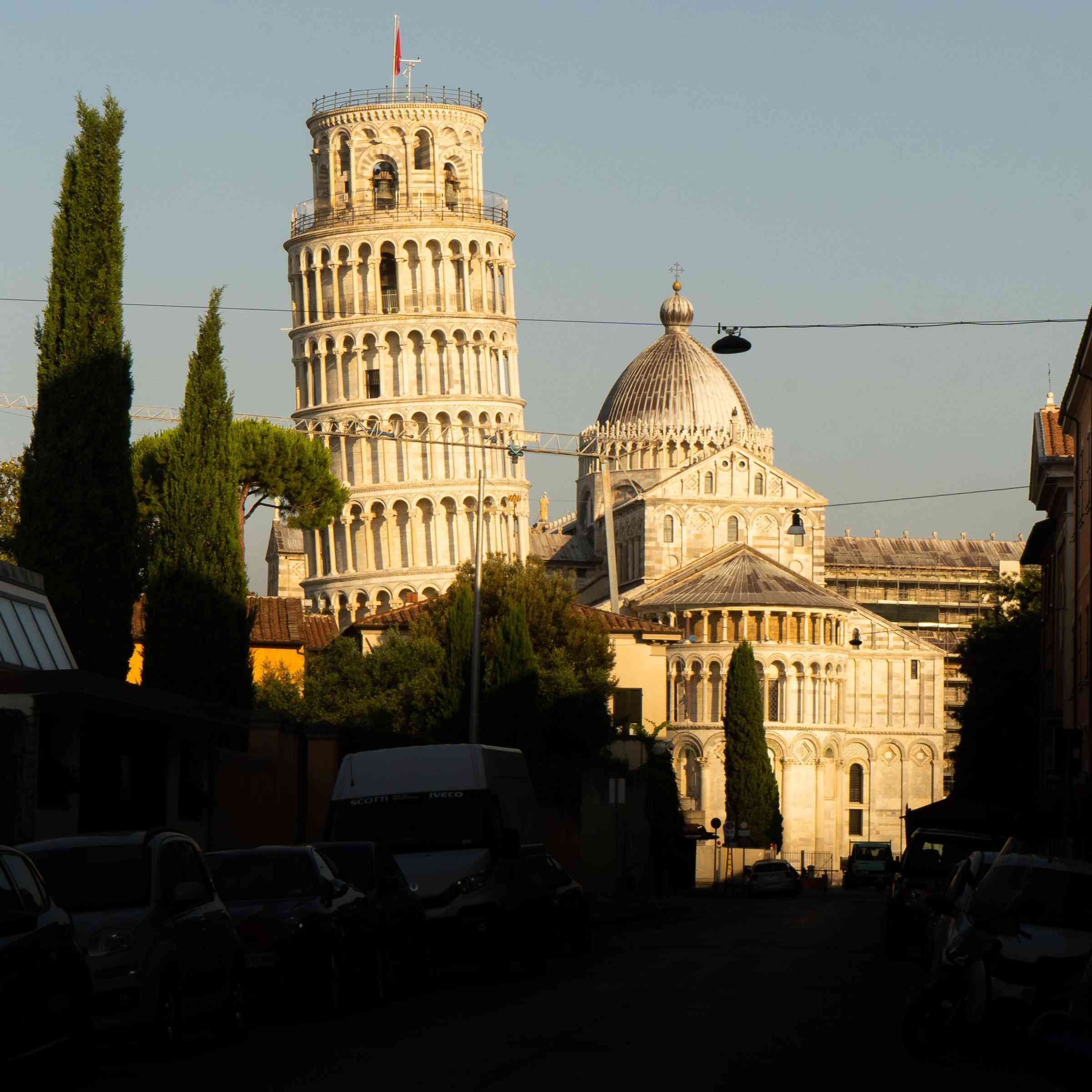 The leaning tower of Pisa during golden hour