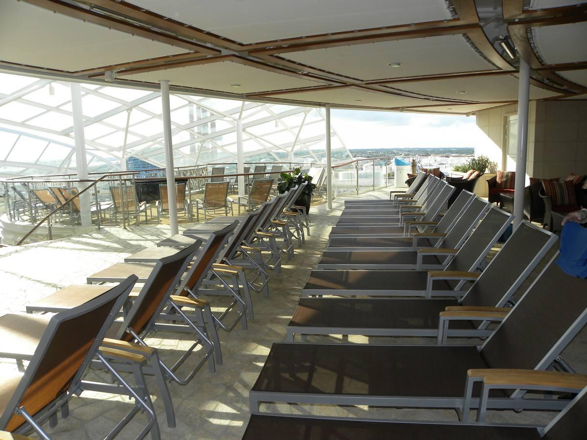 Oasis of the Seas Solarium