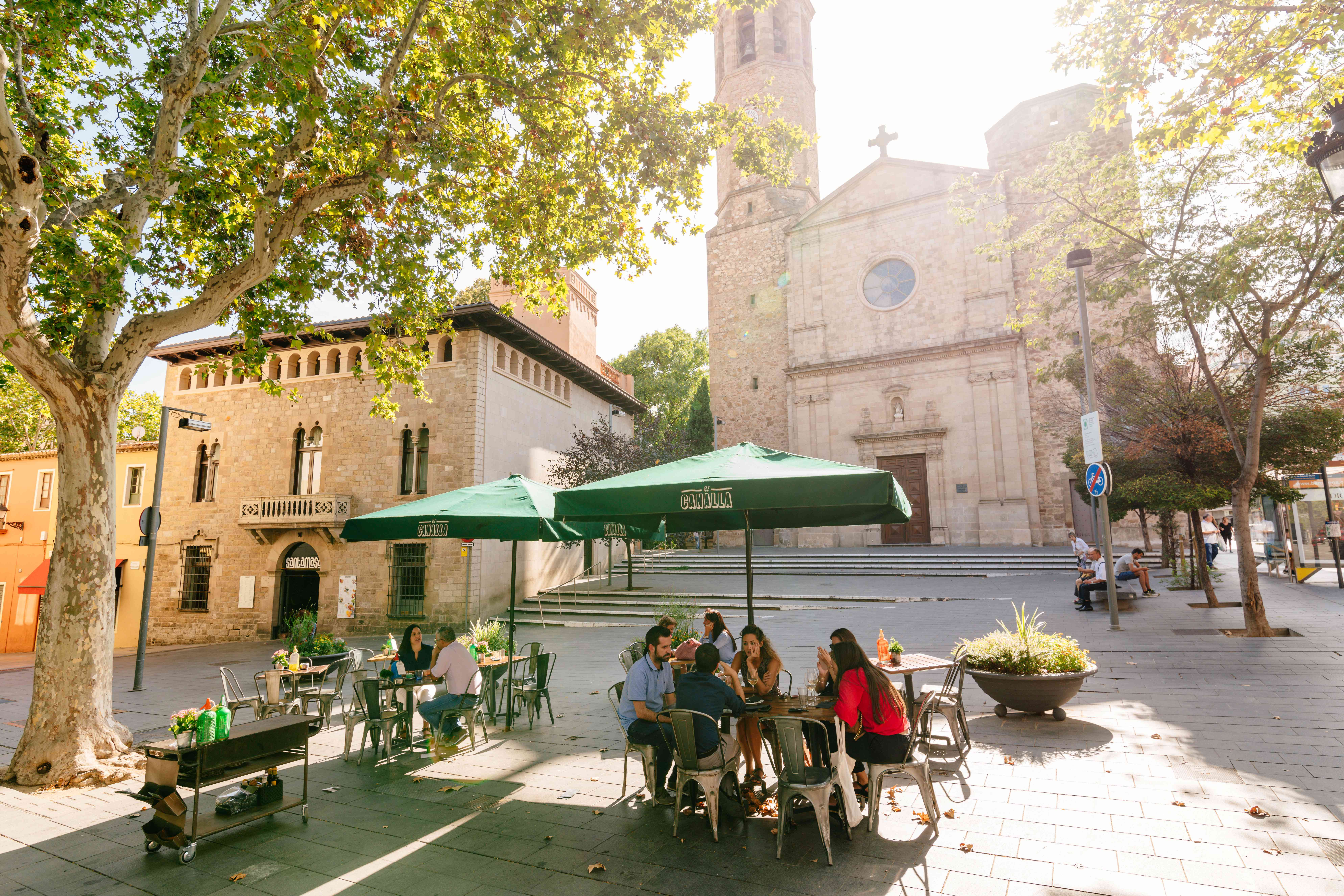 People sitting at an outdoor cafe in Barcelona