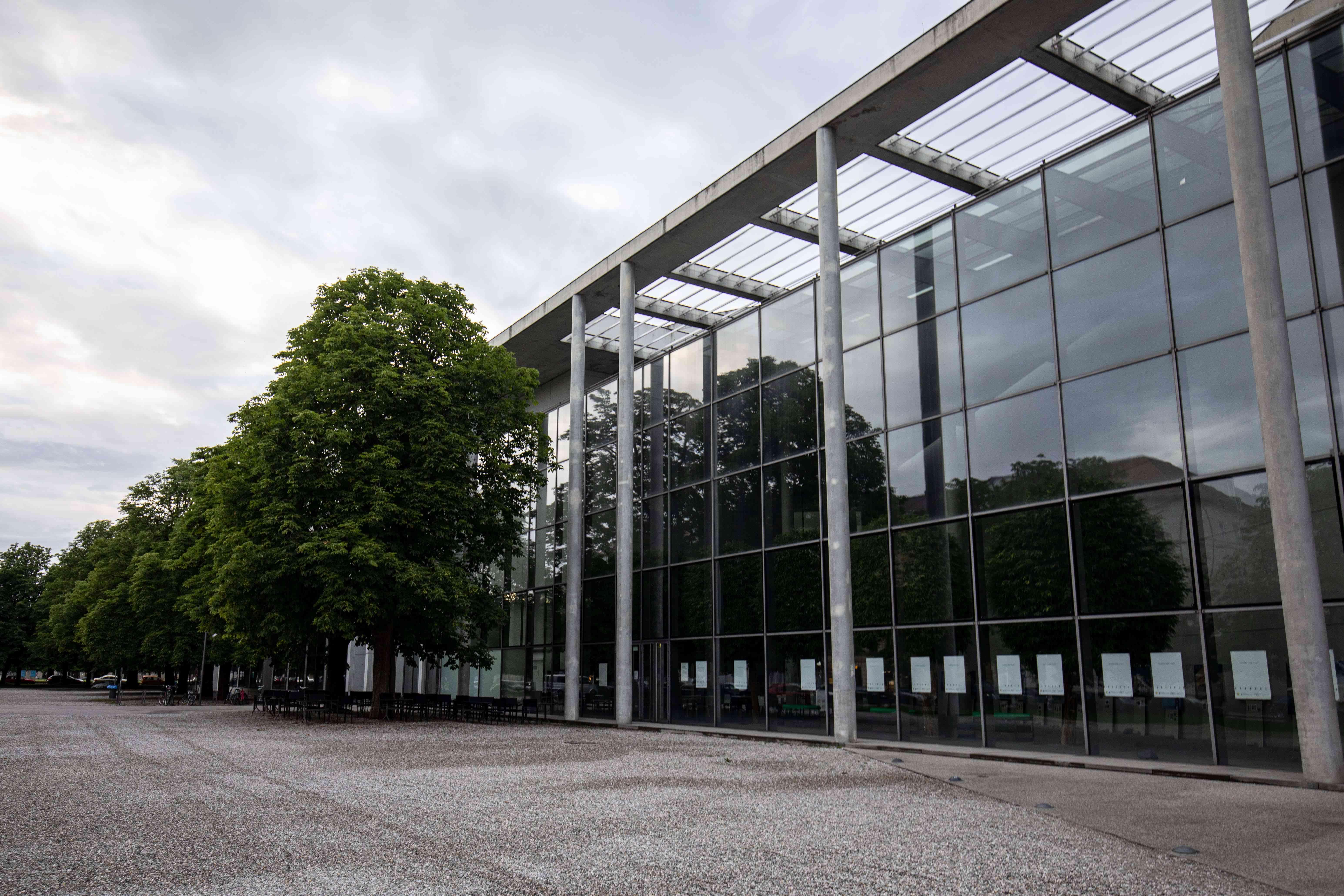 Exterior of Neue Pinakothek