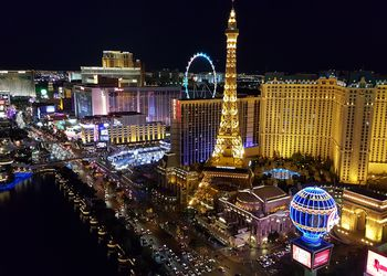 Las Vegas Travel Guide on luxor hotel, clark county, san jose, the mirage, carson city, long beach, las vegas, mccarran international airport, fremont street, caesars palace, fremont street experience,