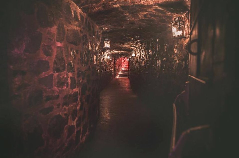 Velvet Speakeasy is a Montreal basement club housed inside Auberge Saint-Gabriel