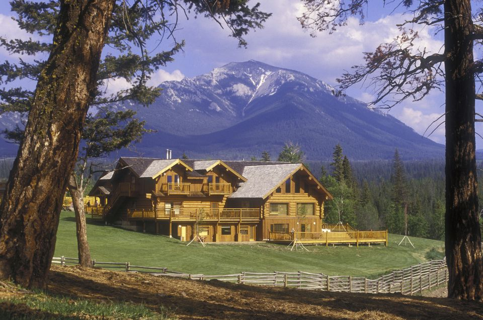 Echo Valley Guest Ranch & Spa, British Columbia, Canada.