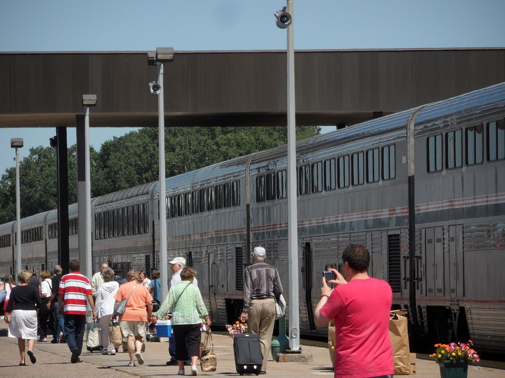 The Best Ways to Travel Between Minneapolis to Chicago