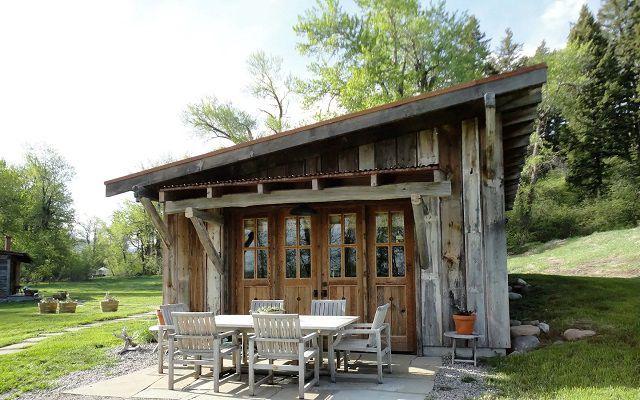 Stylish 1-Bedroom Cabin Near Bozeman