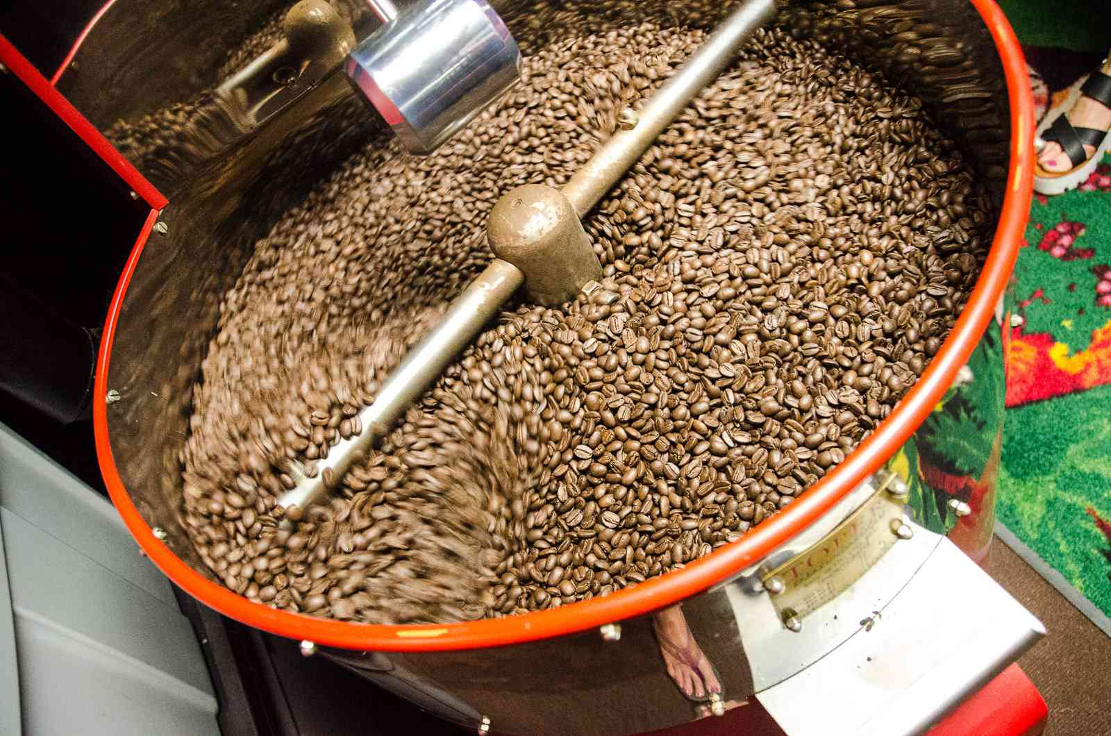 Kona coffee roasting at MJA Vineyards