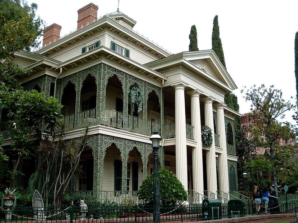 Disneyland's Haunted Mansion