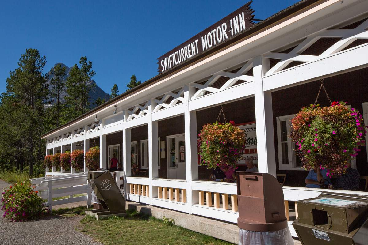 Swiftcurrent Motor Inn and Cabins