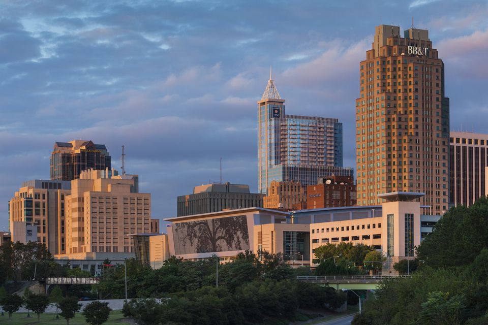 USA, North Carolina, Raleigh, city skyline