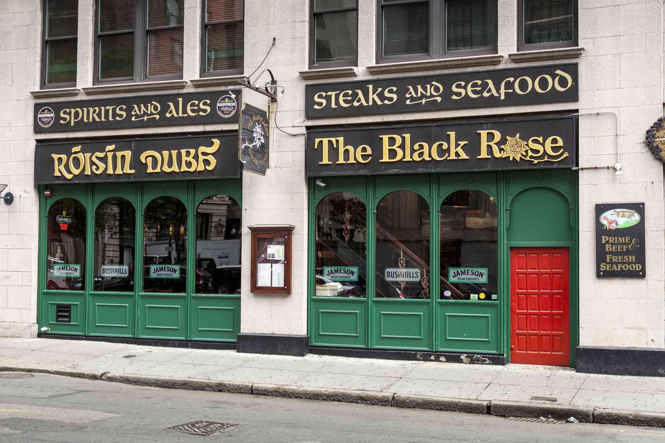 Roisin Dubh, Black Rose, Irish pub and restaurant, State Street, Boston, Massachusetts, USA