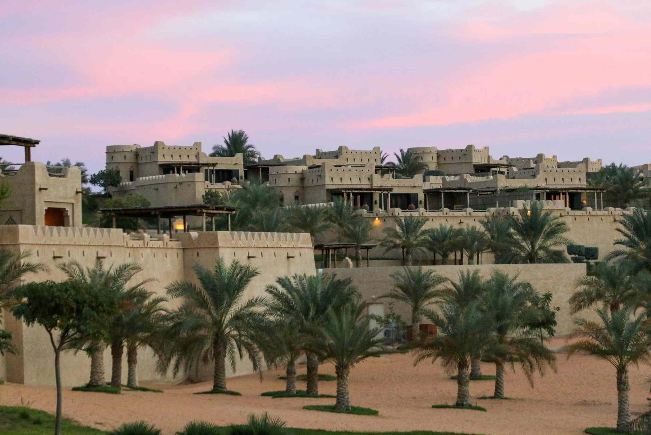 Qasr al Sarab at the edge of the Rub' al-Khali desert in the south of Abu Dhabi (United Arab Emirates). Qasr al Sarab is a hotel built in a mix of traditional styles.