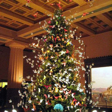 Origami Holiday Tree at the AMNH