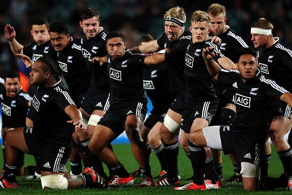 New Zealand perform the haka prior to the 2014 Junior World Championships match between New Zealand and Samoa at QBE Stadium on June 2, 2014 in Auckland, New Zealand. (Photo by Anthony Au-Yeung/Getty Images)