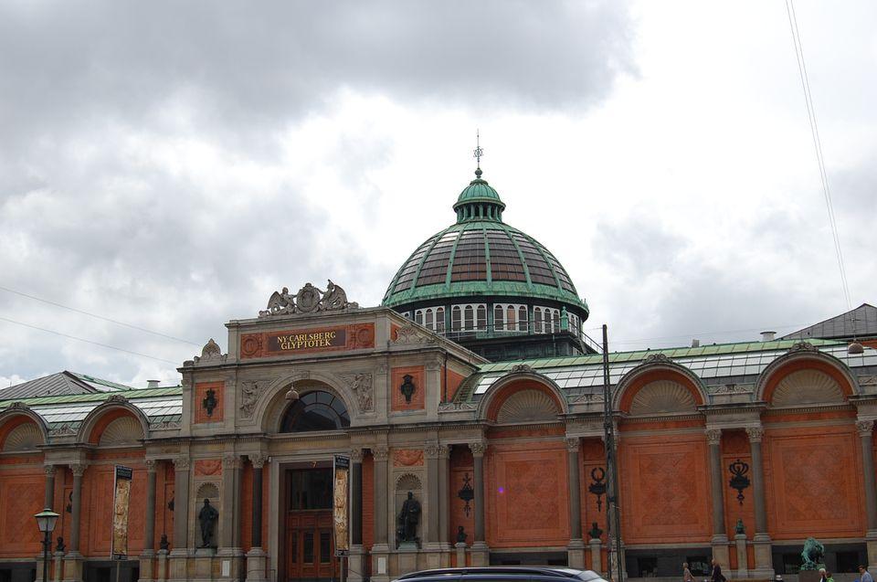 Facade of Glyptotek, Denmark