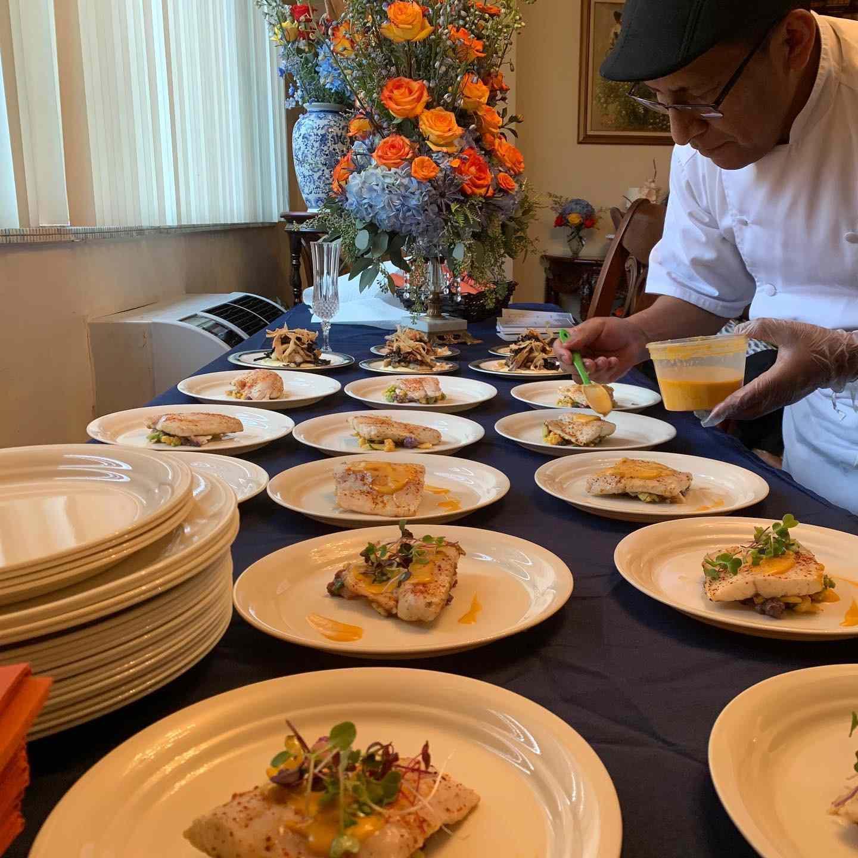 Thanksgiving plates at Casa del Chef Bistro
