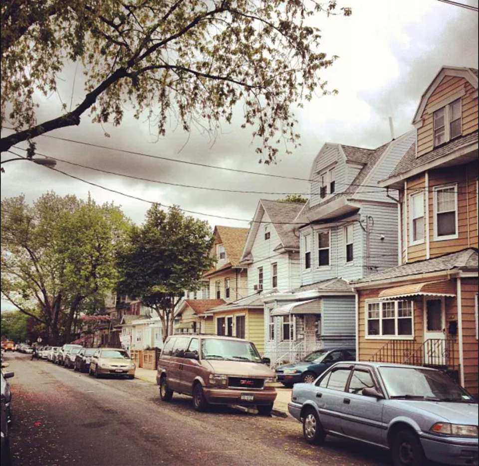 Street scene in Woodhaven