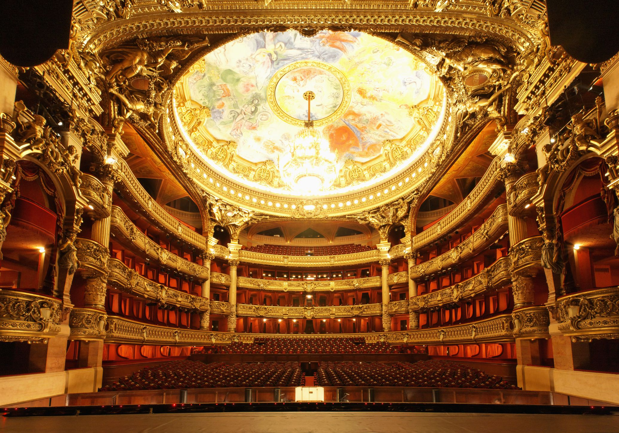 May Events in Paris: Festivals, Sports & More