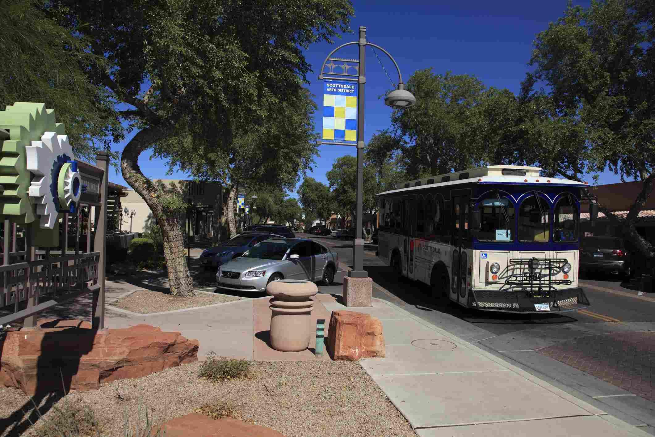 Trolley bus in downtown Scottsdale