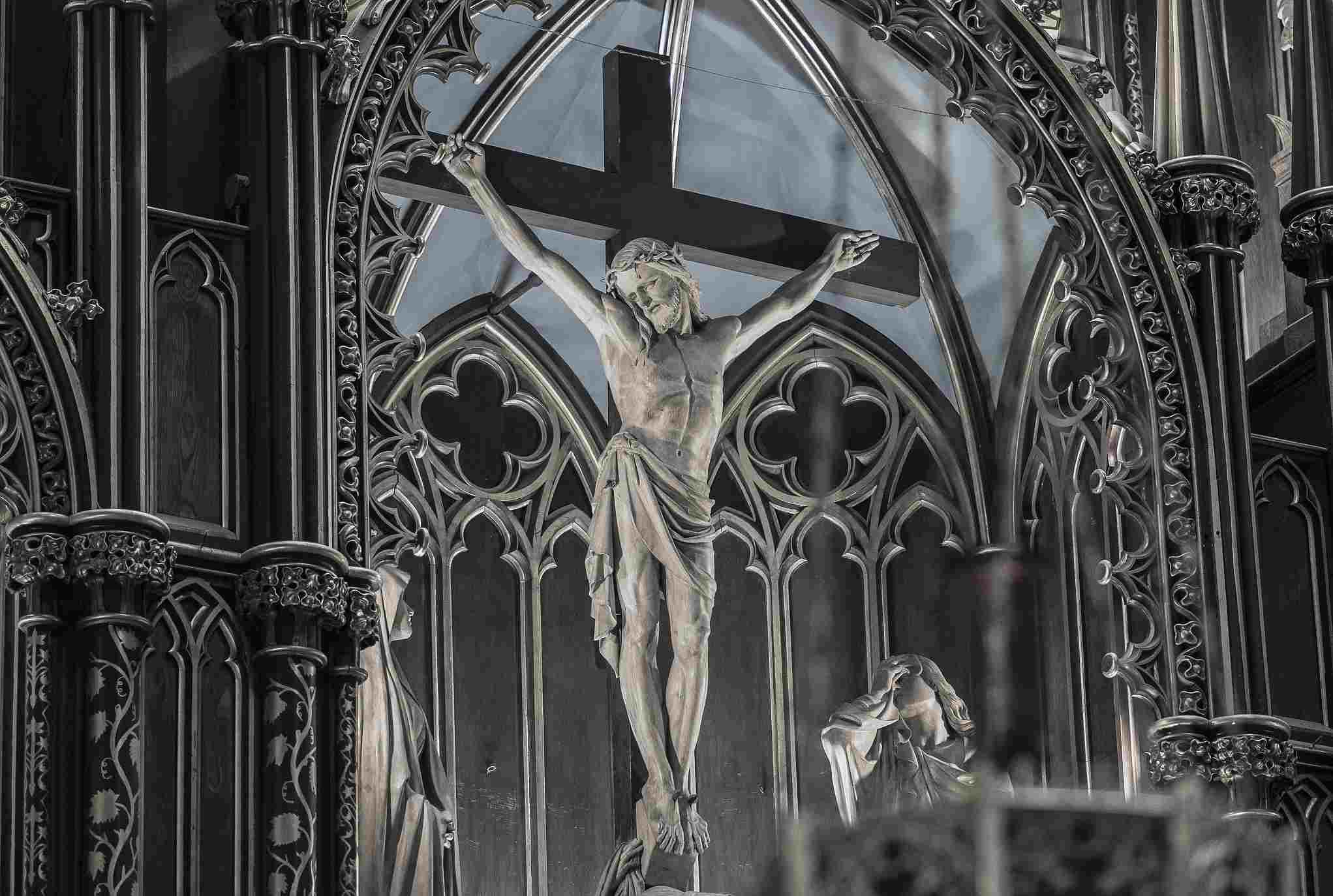 notre-dame-montreal-basilica-chun-yip-so-02.jpg