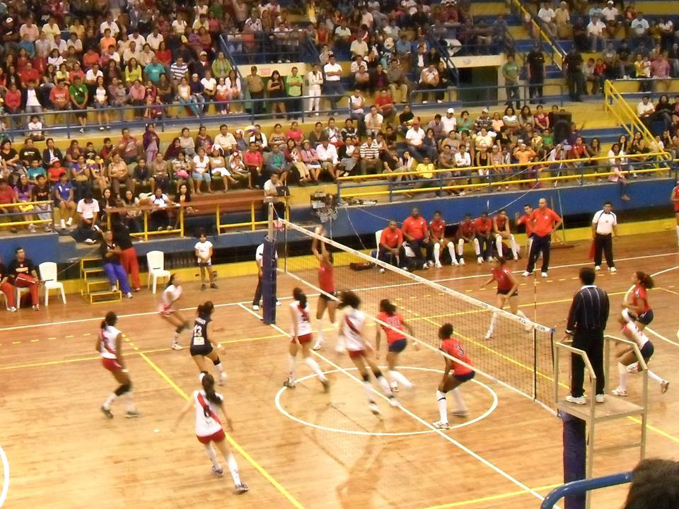 Peru's national youth volleyball team in action