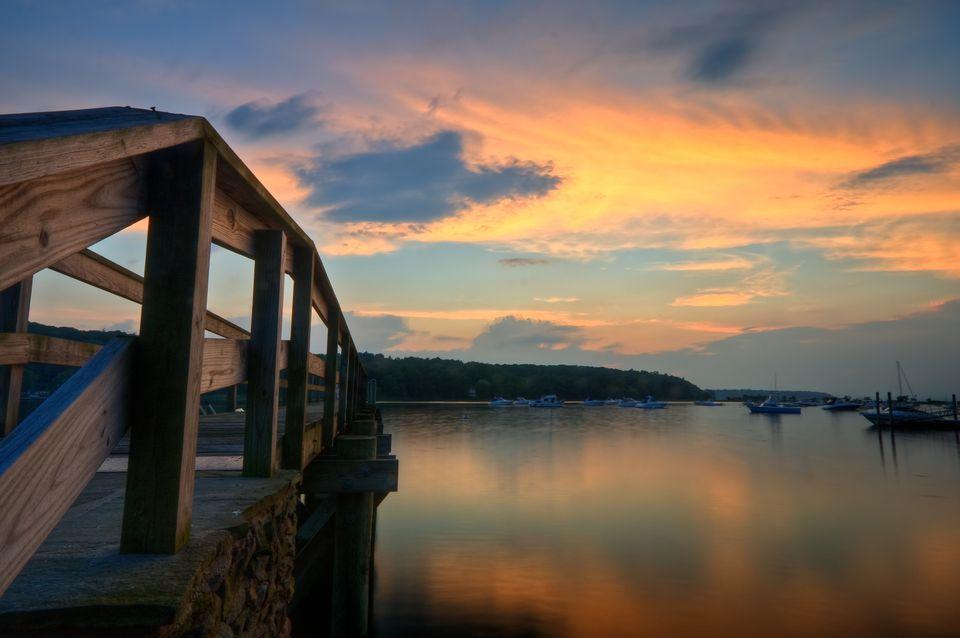 Puesta de sol cerca de Cold Spring Harbor