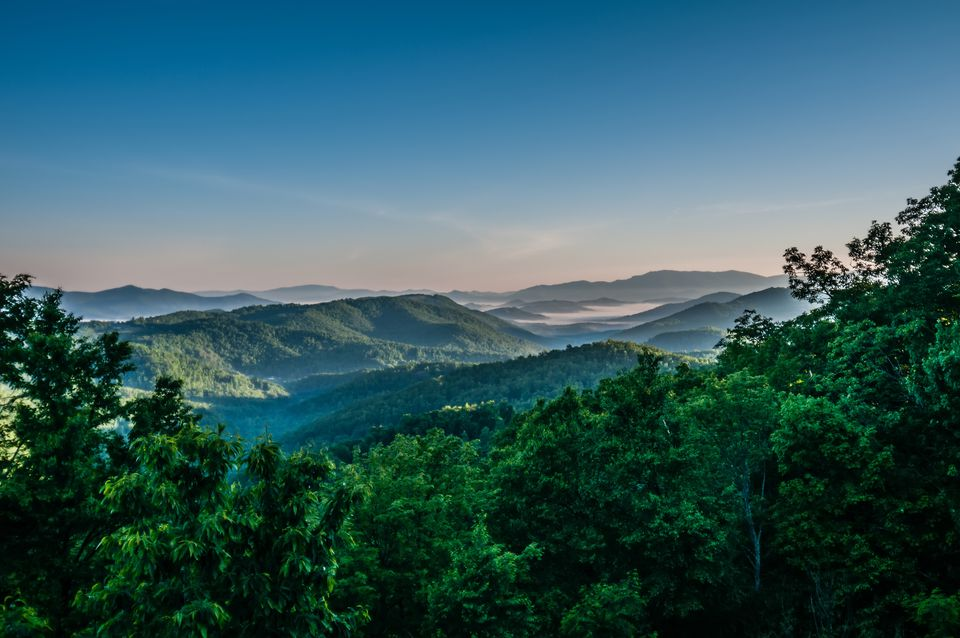 beautiful scenery from crowders mountain in north carolina