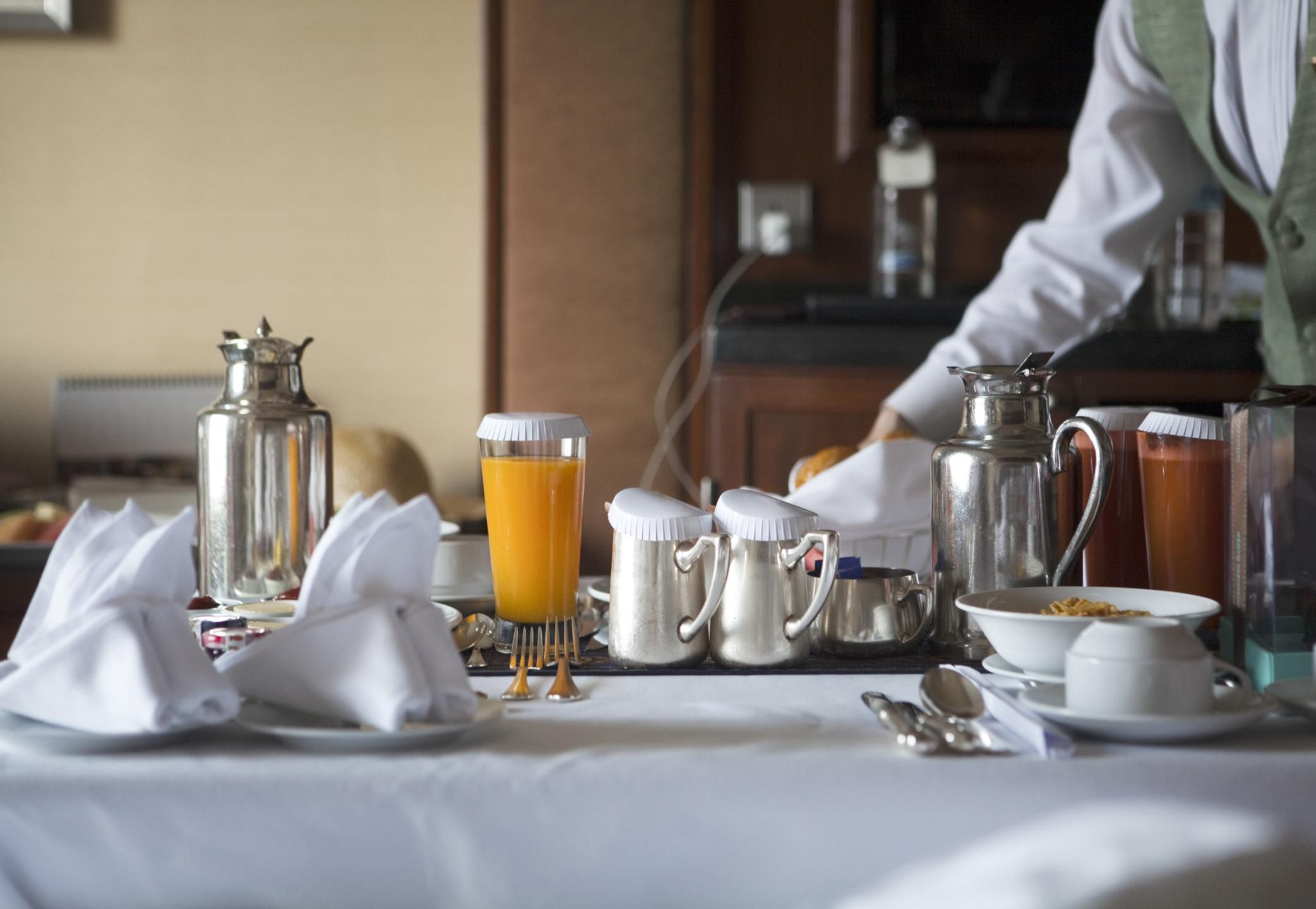 What Is the European Plan, or EP, for Hotel Dining?