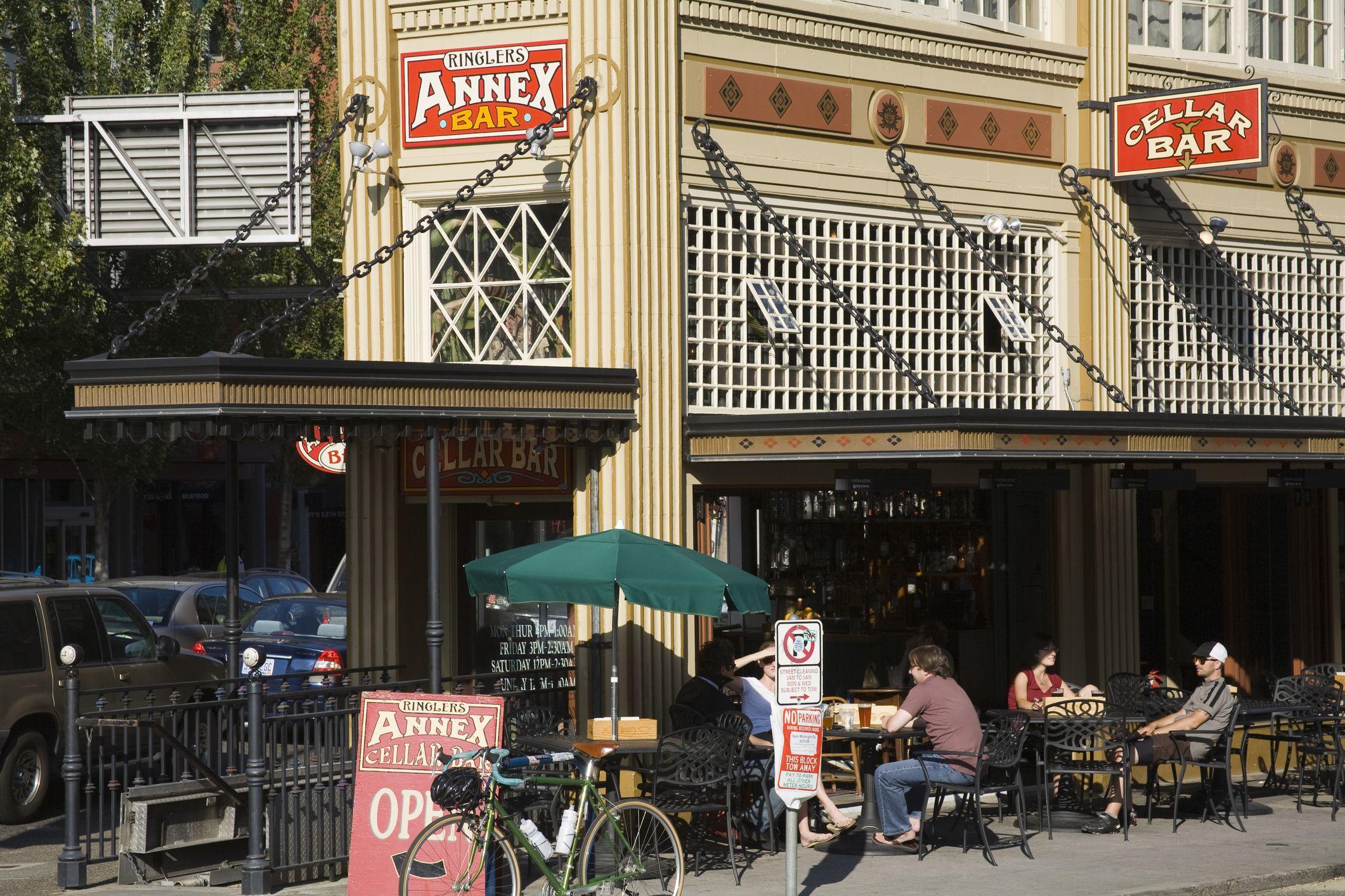 Ringlers Annex Bar en Pearl District
