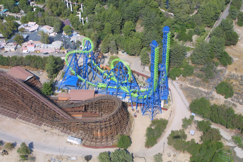 Magic Mountain Debuts 'Deja Vu' Roller Coaster