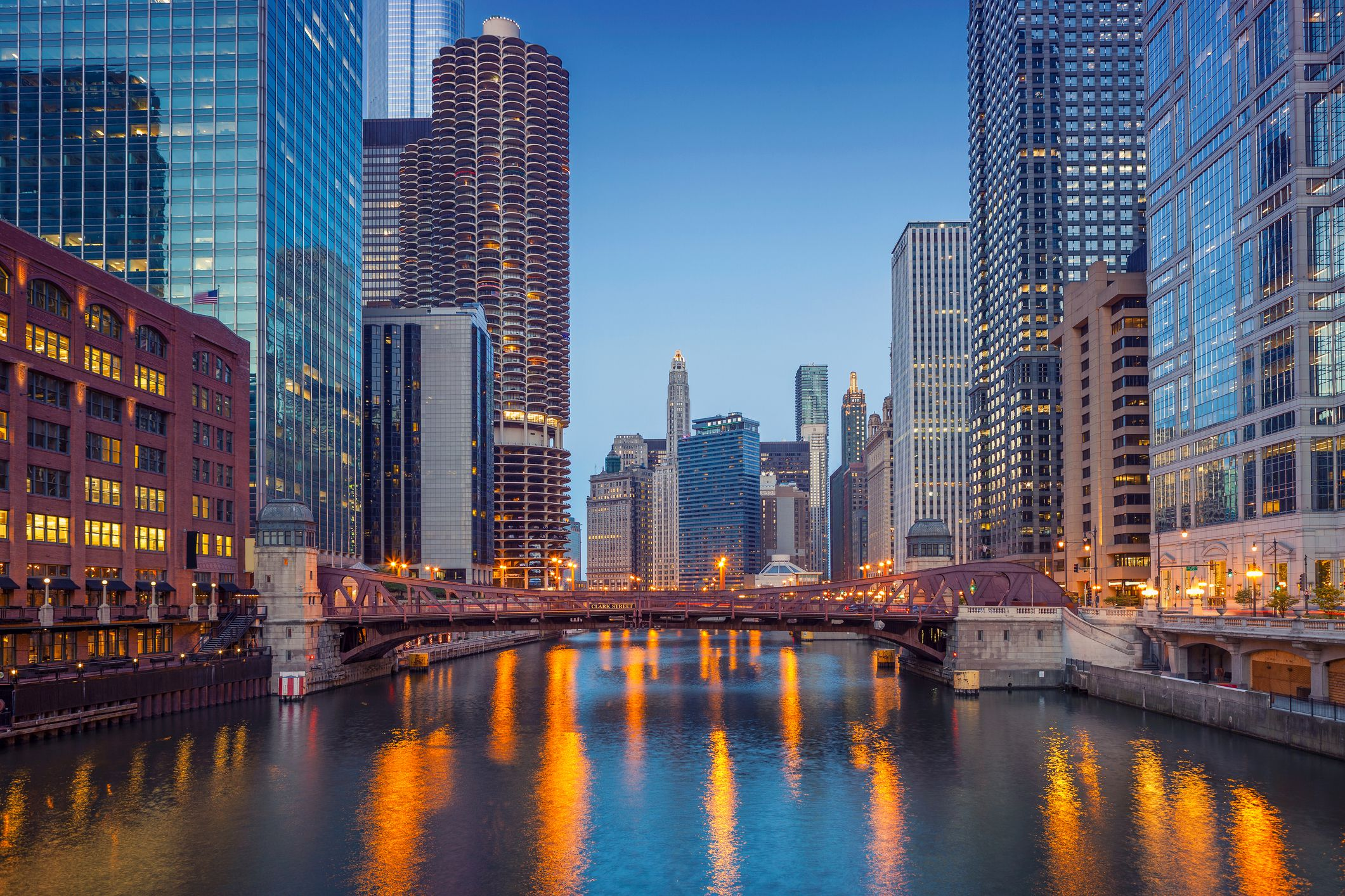 Chicago Hotel Packages Add Spice to the Weekend