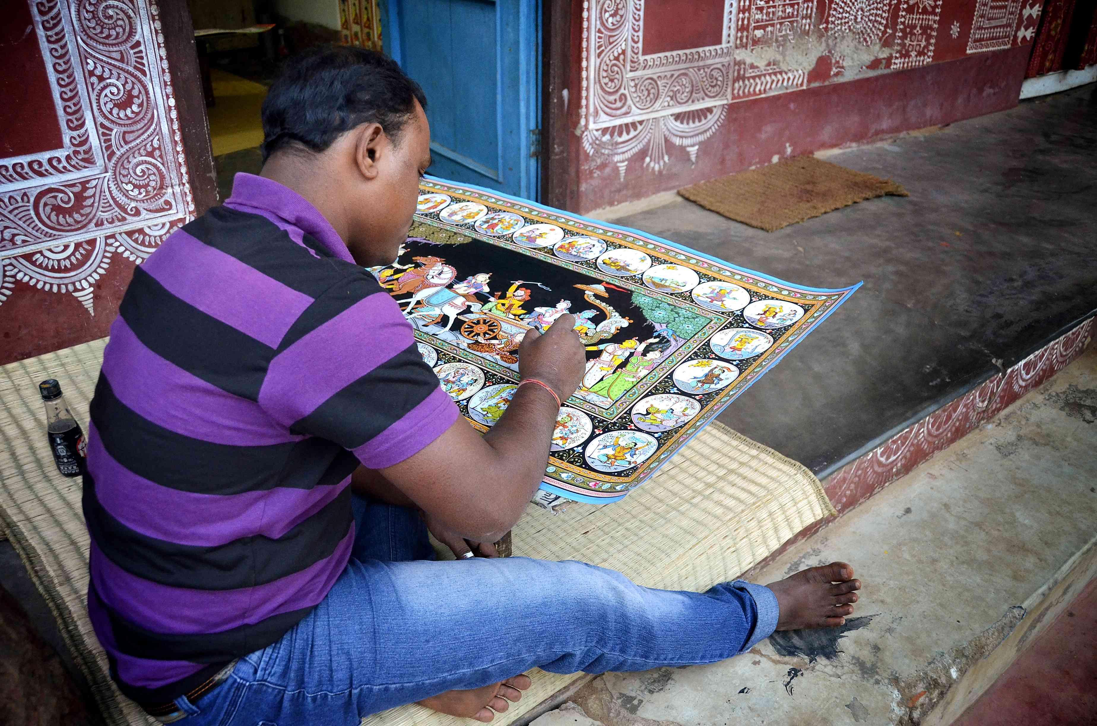 Pattachittra painting at Raghurajpur, Odisha.