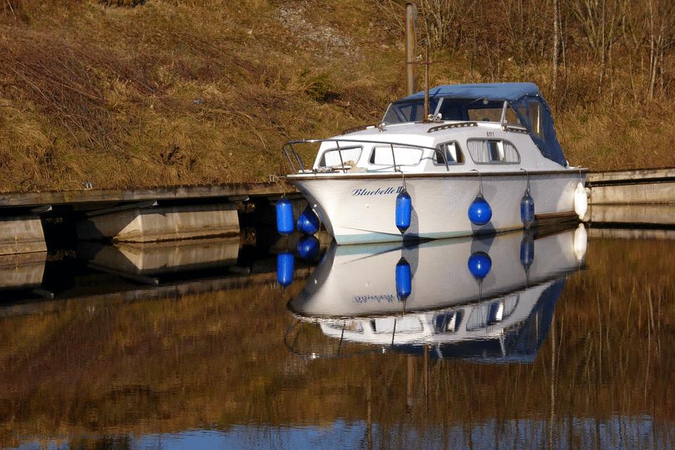 On Ireland's inland waterways - at the Shannon-Erne-Waterway