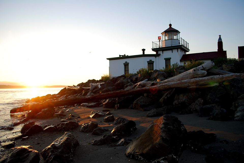 The lighthouse at Discovery Park at sunset