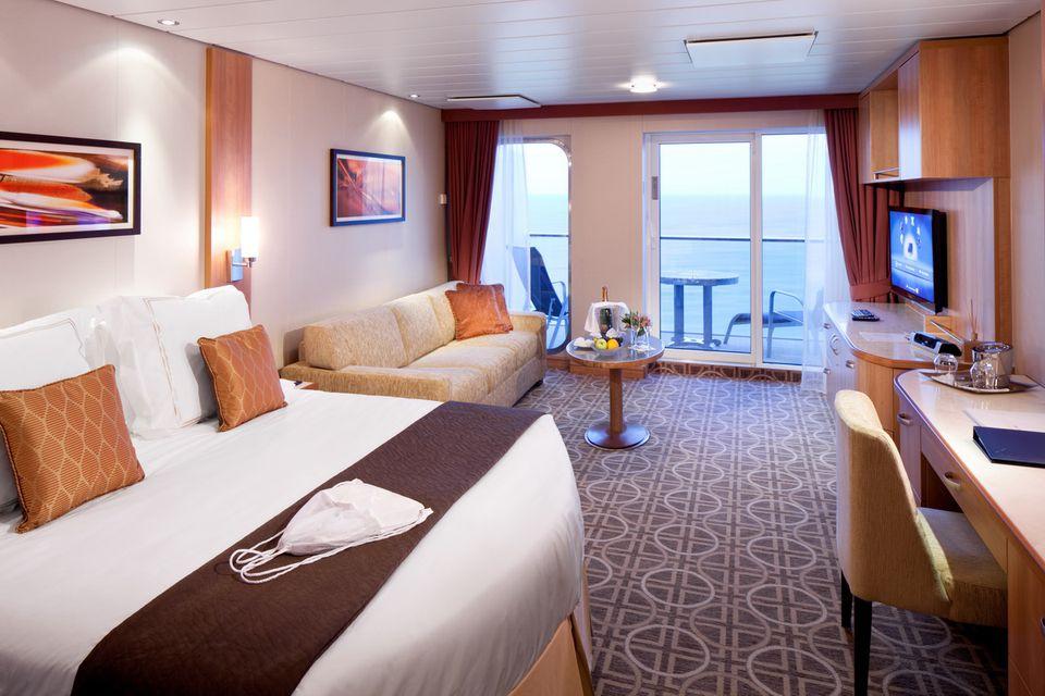 Celebrity Cruises Brochure Jan 18 by Cruise.co.uk - Issuu