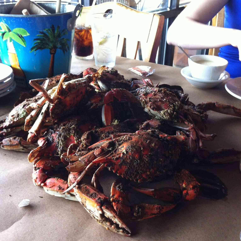 Bo Brooks crabs