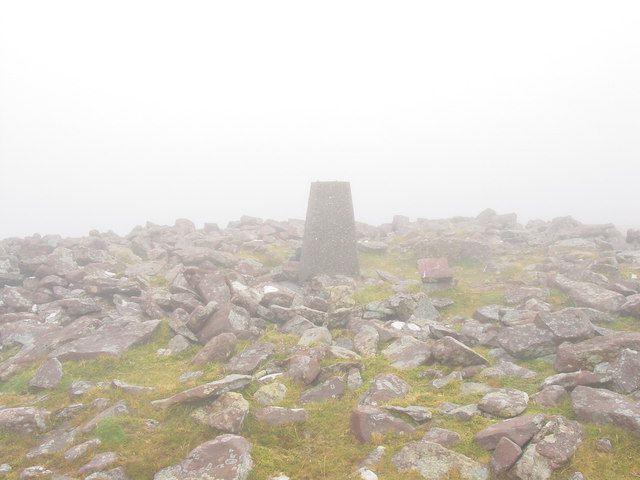 stone marker in the fog on Baurtregaum