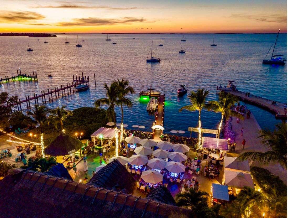 Snooks Bayside Restaurant & Grand Tiki Bar