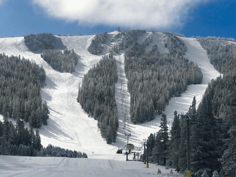 US Ski Resorts Where Kids Ski and Snowboard for Free