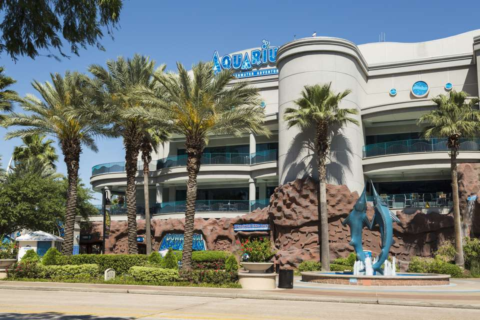 Frontage of Houston downtown aquarium